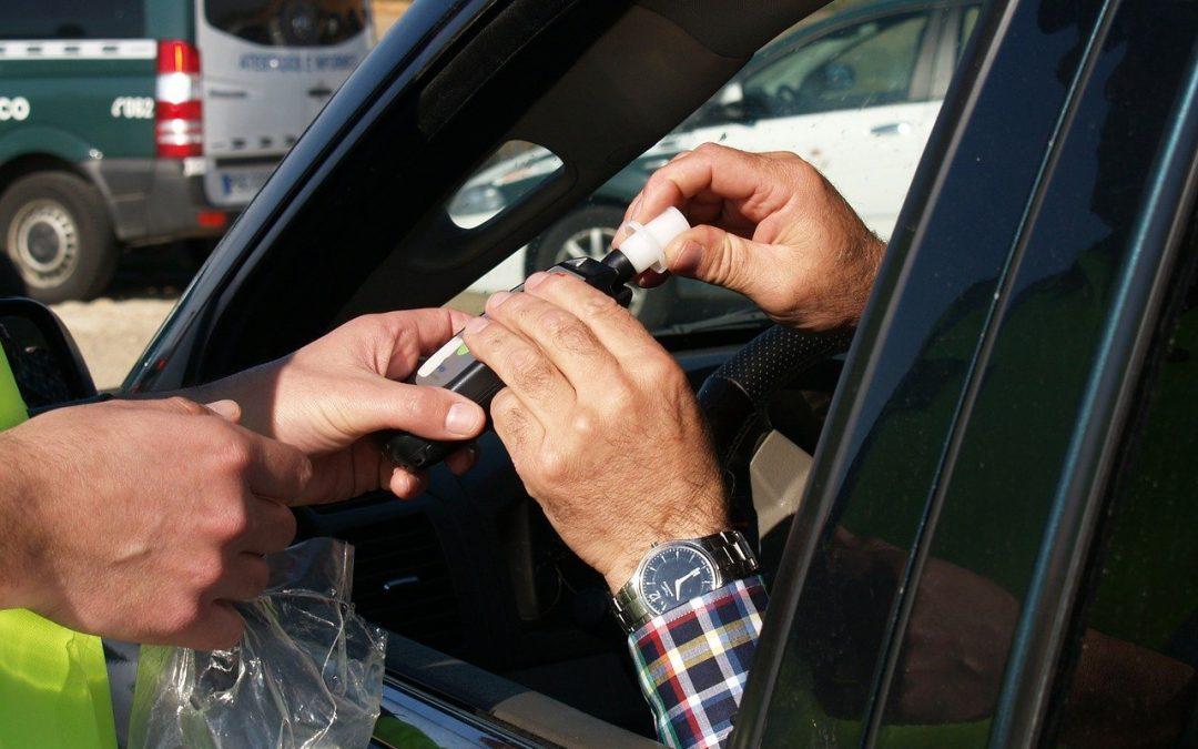 ¿Qué consecuencias tiene conducir bajo los efectos del alcohol?